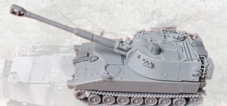 Modelltrans Modellbau: M109 A3GA1