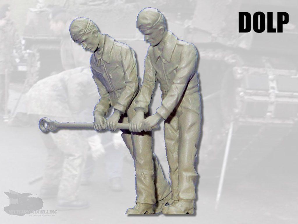 DOLP Modellbau: Panzersoldaten beim Gleiskette spannen