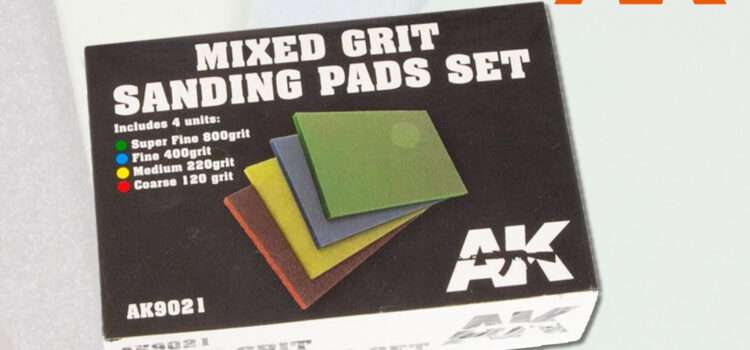 AK Interactive: Mixed Grit Sanding Pad Set